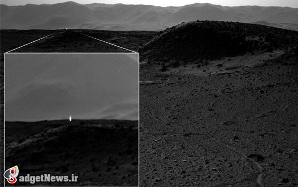 curiosity photo light seen on mars