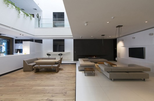 53b20ae6c07a80eb1c0001f9_sharifi-ha-house-nextoffice_10-530x351