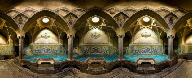 Incredible-and-Colorful-Mosque-3-640x262
