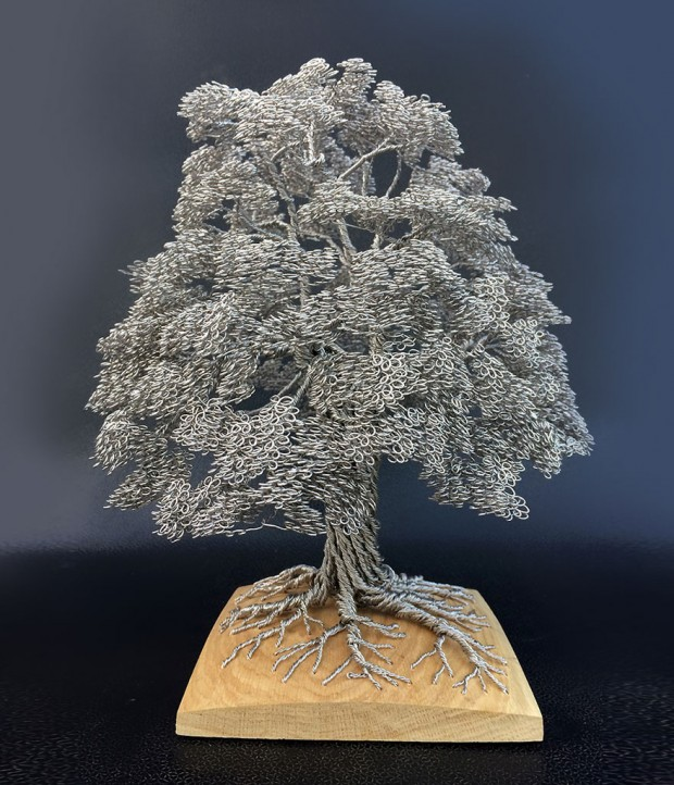 wire-art-tree-sculptures-clive-maddison-4
