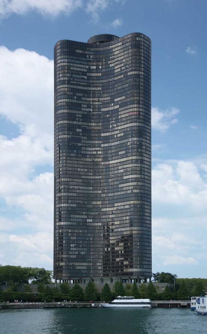 برج دریاچه (شیکاگو، ایلینوی، ایالات متحده آمریکا)