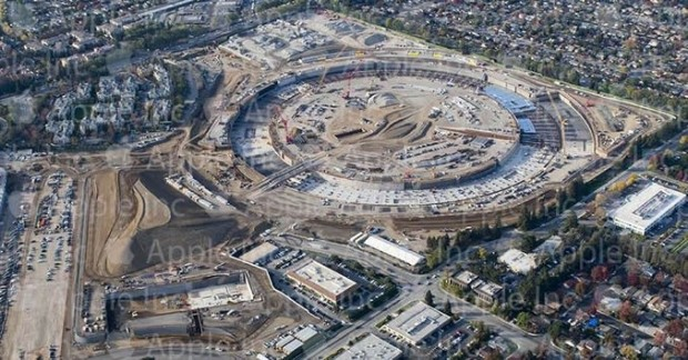 Apple-Releases-New-Photo-of-the-Colossal-Spaceship-Campus-Site-in-Cupertino-465831-2