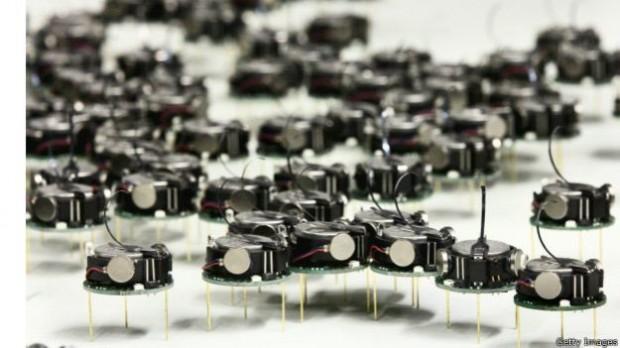 لشکر رباتهای مینیاتوری