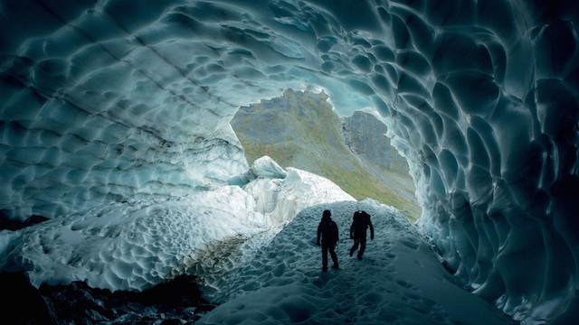 گردش در قطب/ کلاوس تیمان