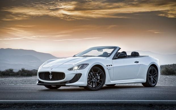 2015-Maserati-GranCabrio-22