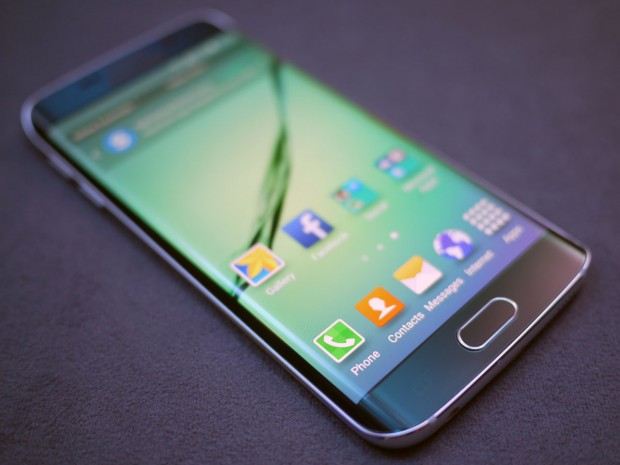samsung-galaxy-s6-edge-hands-on-front-1