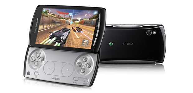 Xperia-PLAY-S..product-1