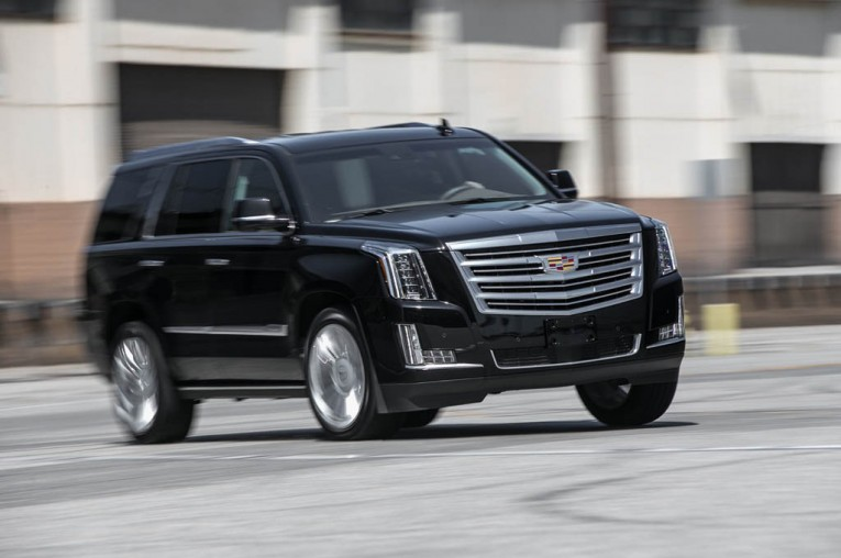 2015-cadillac-escalade-platinum-front-three-quarter-turn