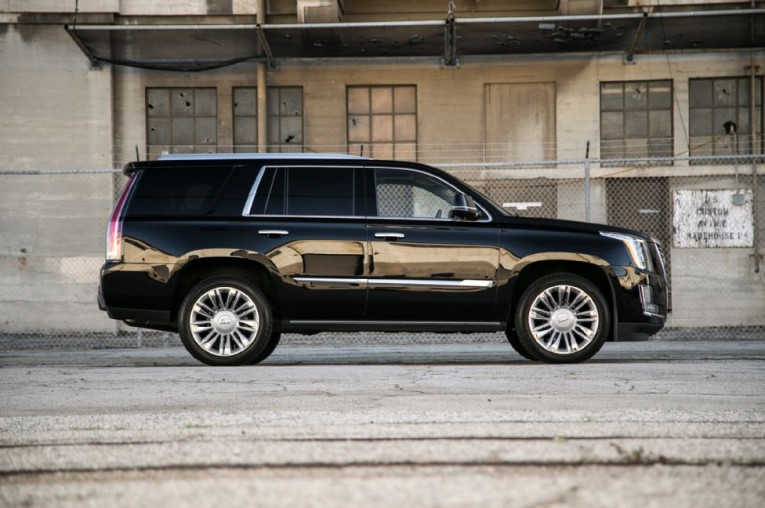 2015-cadillac-escalade-platinum-side-profile