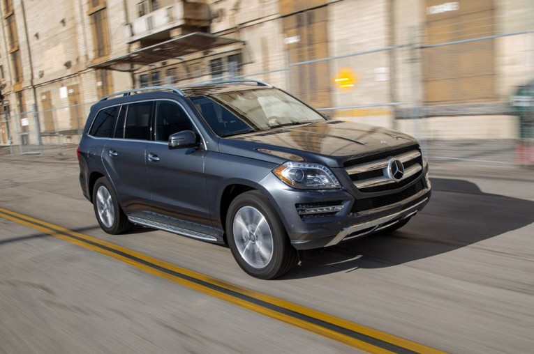 2015-mercedes-benz-gl450-4matic-front-three-quarter-in-motion