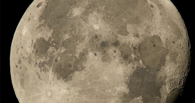 ناسا تصویری شگفت انگیز از عبور ایستگاه فضایی بینالمللی از مقابل ماه منتشر کرد