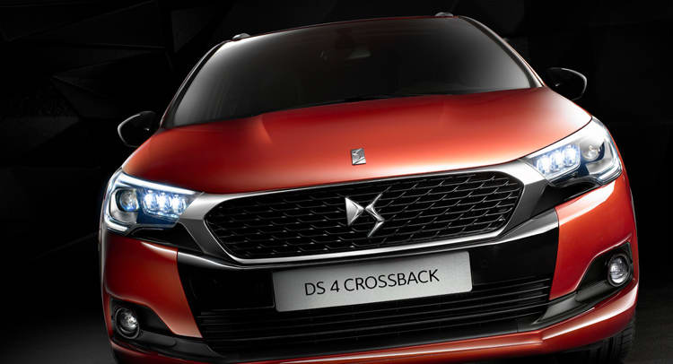DS-4-Crossback-0