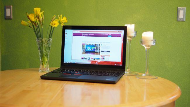 بهترین لپ تاپ قابل قیاس با کامپیوترهای دسکتاپ (و یا به اصطلاح، بهترین workstation قابل حمل): Lenovo ThinkPad W550s سی پی یو: 2.6 گیگاهرتز اینتل Core i7-5600U   گرافیک: Nvidia Quadro K2100M، اینتل HD Graphics 4600   رم: 16 گیگابایت   صفحه نمایش: 15.5 اینچ، چند لمسی (multi-touch) با رزولوشن 2880 x 1620   حافظه ذخیره سازی: 512 گیگابایت SSD   قابلیت اتصال: dual-band وای فای 802.11ac، بلوتوث 4.0   دوربین: کیفیت مطلوب   وزن: 2.23 کیلوگرم   ابعاد: 15 x 10.2 x 0.88 اینچ
