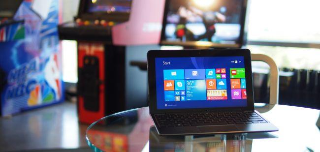 بهترین تبلت ویندوزی: Dell Venue 11 Pro 7000 سی پی یو: اینتلCore M-5Y71 vPro   گرافیک: اینتل HD Graphics 5300   رم: 8 گیگابایت   صفحه نمایش: 10.8 اینچ، IPS با رزولوشن 1920 x 1080   حافظه ذخیره سازی: 128 گیگابایت SSD   قابلیت اتصال: وای فای 801.11ac، بلوتوث 4.0   دوربین: 2 مگاپیکسل در جلو، 8 مگاپیکسل در عقب   وزن: 0.72 کیلوگرم   ابعاد: 11.01 x 6.95 x 0.42 اینچ