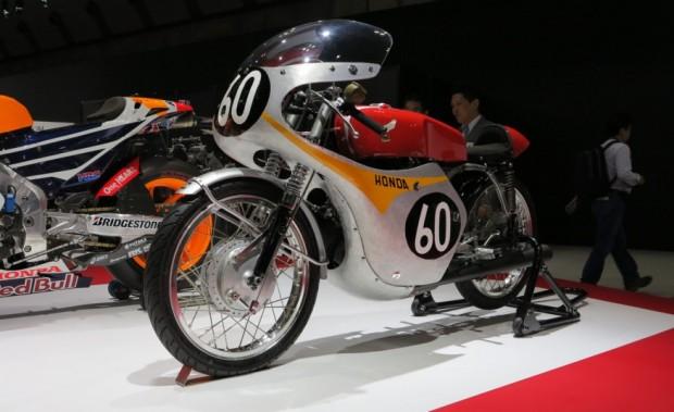 ۱۹۶۰-Honda-RC143-125