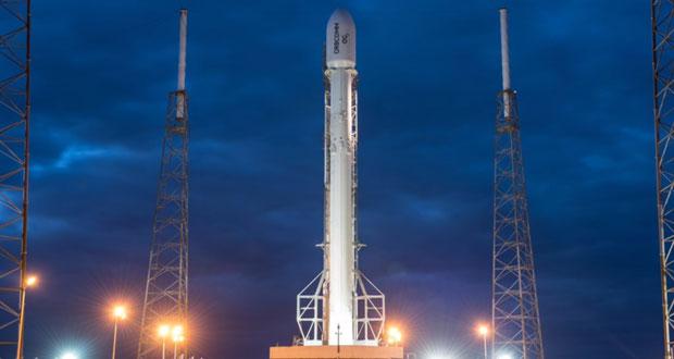 پرتاب موشک فالکون ۹ ، یک روز به تعویق افتاد