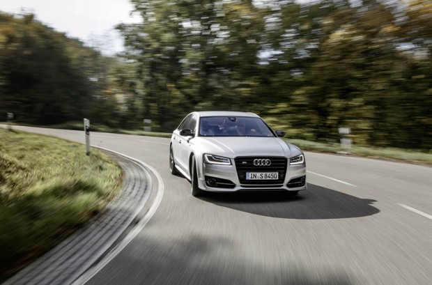 ۰۹-Audi-S8-Dynamic-Package
