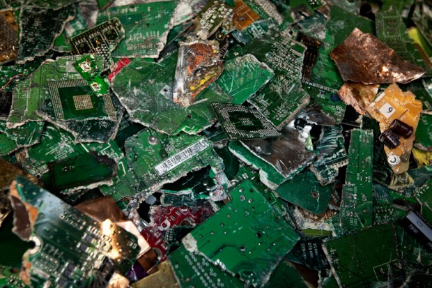 recycling-old-gadgets-1