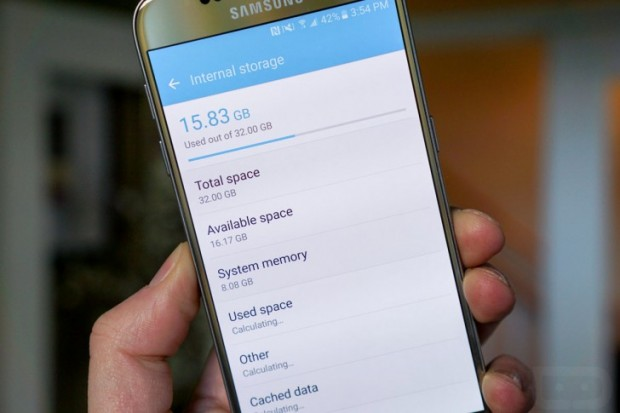 ۸ گیگابایت از فضای داخلی گلکسی اس ۷ به TouchWiz تعلق دارد ۱