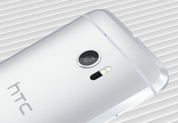 12MP-camera-with-large-aperture