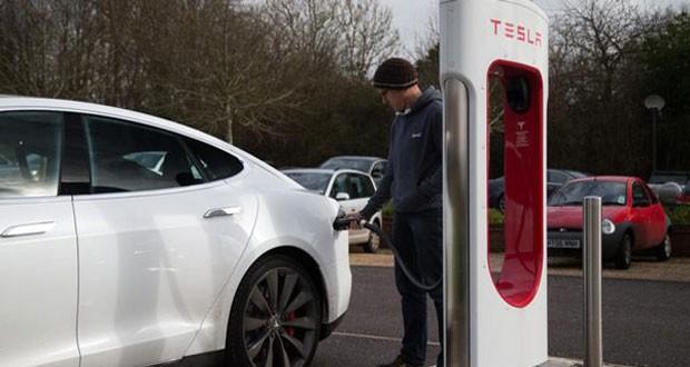 خودروهای الکتریکی تسلا