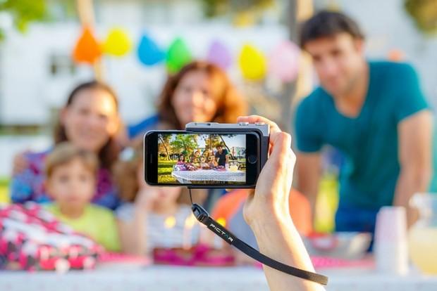 پروژهی Pictar آیفون شما را به یک دوربین DSLR تبدیل میکند