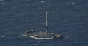 تماشا کنید: اولین فرود موفق موشک Falcon 9 بر روی سکوی شناور