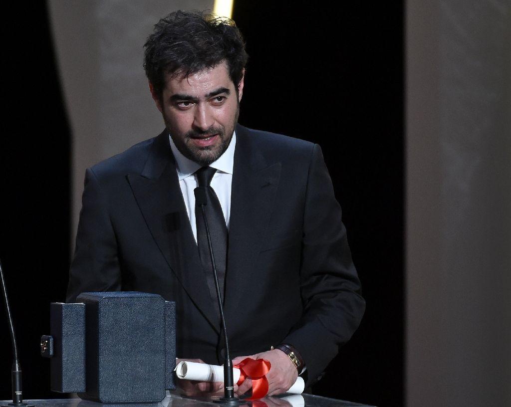 شهاب حسینی برنده جایزه بهترین بازیگر نقش مرد جشنواره فیلم ...