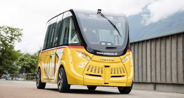 اتوبوس خودران