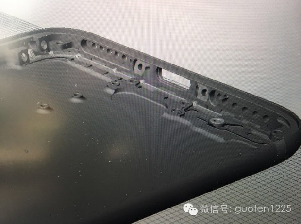 طراحی CAD آیفون 7