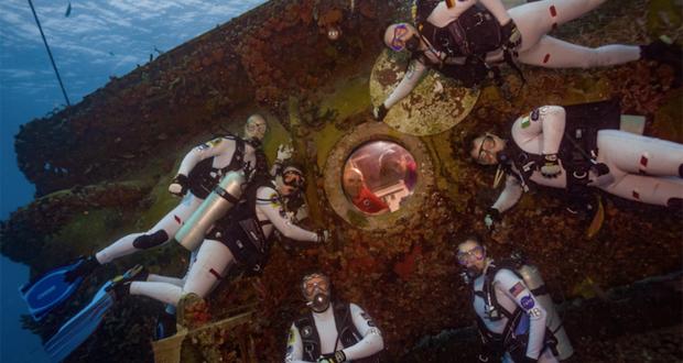 زندگی دو هفتهای فضانوردان در زیر دریا برای تجربهی شرایط زندگی بر روی مریخ