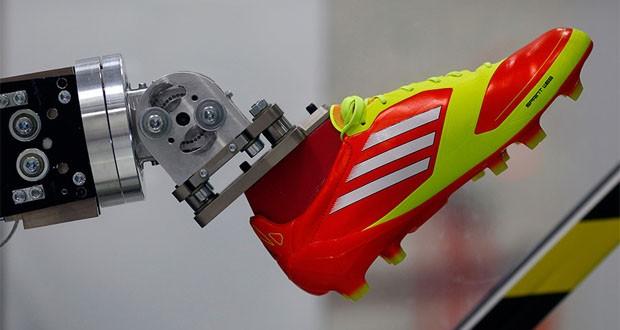 شعبهی جدید کارخانه کفش آدیداس در کشور آمریکا تماما توسط رباتها اداره میشود