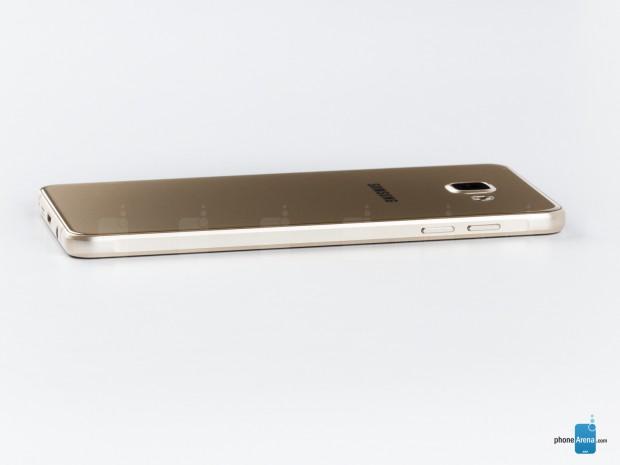 نسخه 2017 سامسونگ گلکسی A7 به همراه A5 و A3 تأیید شدند