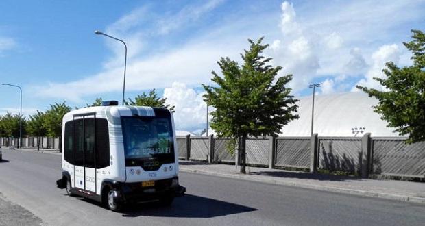 اتوبوس های خودران
