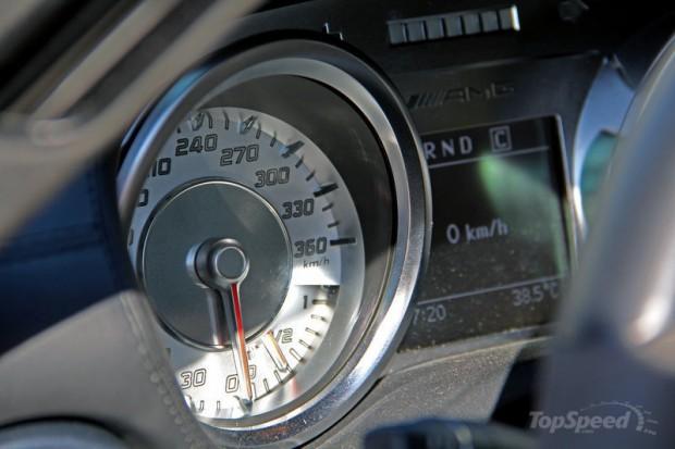 مرسدس بنز SLS AMG