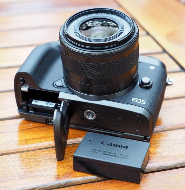 نگاهی دقیق به دوربین EOS M5 کانن (3)