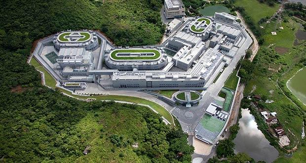 زندان های عجیب
