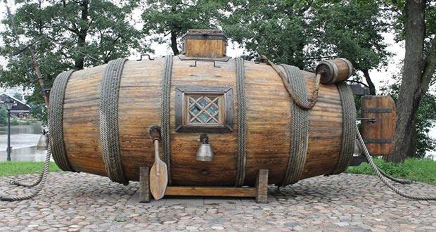 اولین زیردریایی های جهان
