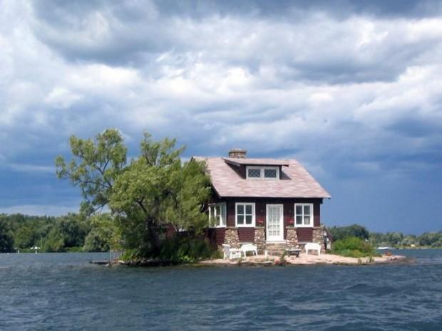 14 خانه عجیب در مکانهایی غیرممکنه ساخت دست بش14 خانه عجیب در مکانهایی غیرممکنر در مکانهایی غیرممکن