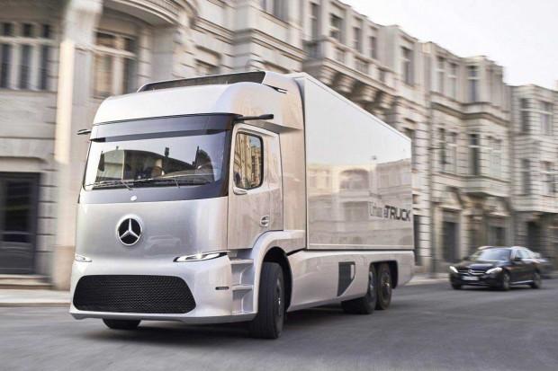 کامیون الکتریکی مرسدس ؛ مهمترین رقیب تسلا از راه رسید