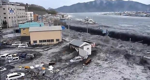 هشدار به مناطق ساحلی ژاپن: تسونامی دیگری در راه است