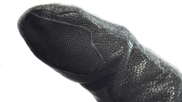 استفاده از حسگر اثر انگشت با دستکش