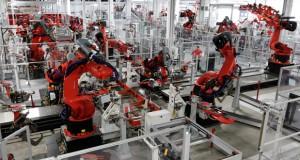 تصمیم جدید فاکسکان : آیفون های اپل تماما با ربات تولید خواهند شد!