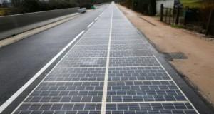 جاده مجهز به پنل های خورشیدی