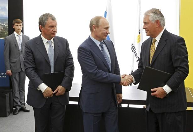 دونالد ترامپ رئیس یک شرکت نفتی را به عنوان وزیر امور خارجه آمریکا انتخاب کرد!