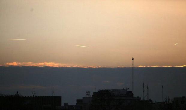 شی ناشناس پرنده در آسمان تهران 2