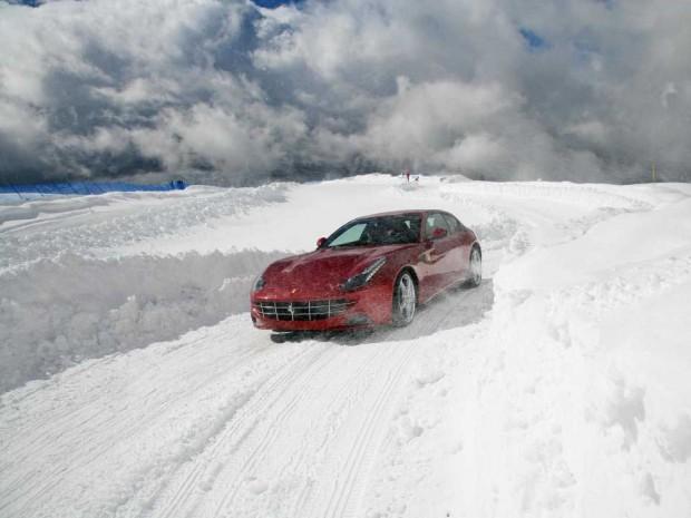 10 نکته برای رانندگی در برف که هر رانندهای باید بداند