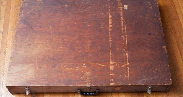 جعبه چوبی مرموز