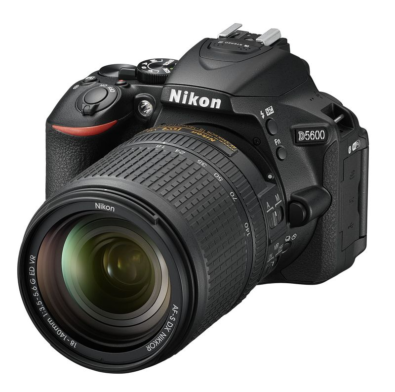 نیکون D5600