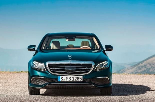 بهترین خودروهای سال 2016